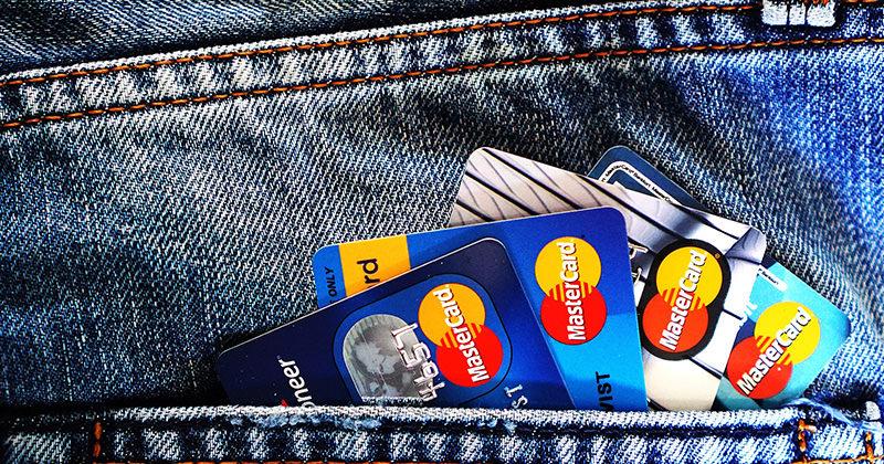 [懶人包]信用卡遺失、盜刷怎麼辦?申請止付、補辦&銀行聯絡電話掛失專線