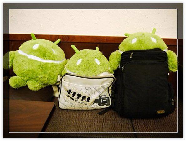 把妹這樣做!揹著 Android 絨毛娃娃踏入蘋果地盤?
